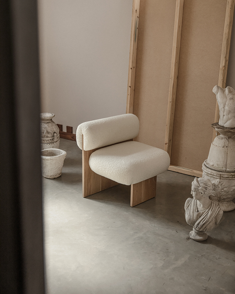 Practice the Art of Living with Fomu's L'art de vivre Lounge Chair Best Children's Lighting & Home Decor Online Store