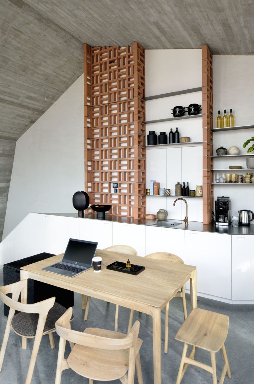 DMOA's Office Penthouse Provides Endless Inspiration for Small Apartments Best Children's Lighting & Home Decor Online Store