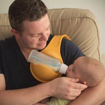 Hands Free Babies Bottle Feeder Holder