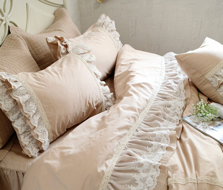 2Pcs Embroidered Lace Pillow Case European Style Ruffle Lace Satin Cotton Pillowcase