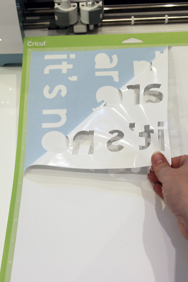 Weeding text after cutting with Cricut