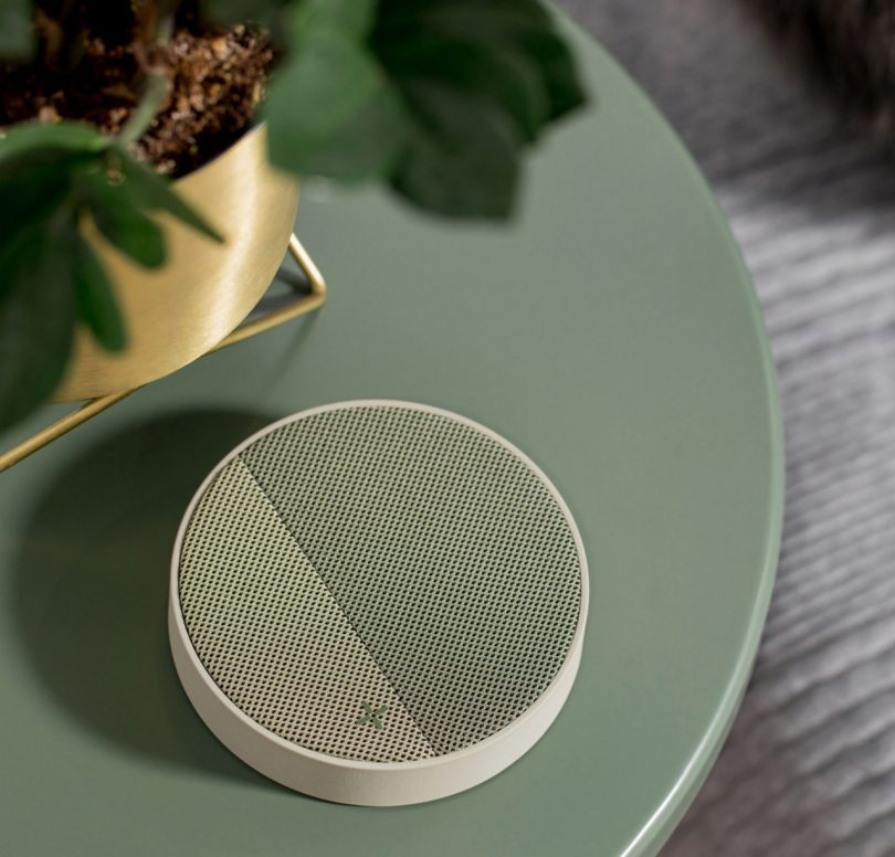 The 10 Best Designed Wireless Smartphone Chargers Best Children's Lighting & Home Decor Online Store