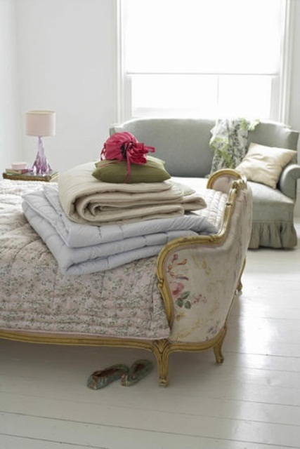 such exquisite vintage furniture with printed upholstery will make any bedroom feel softer and more feminine