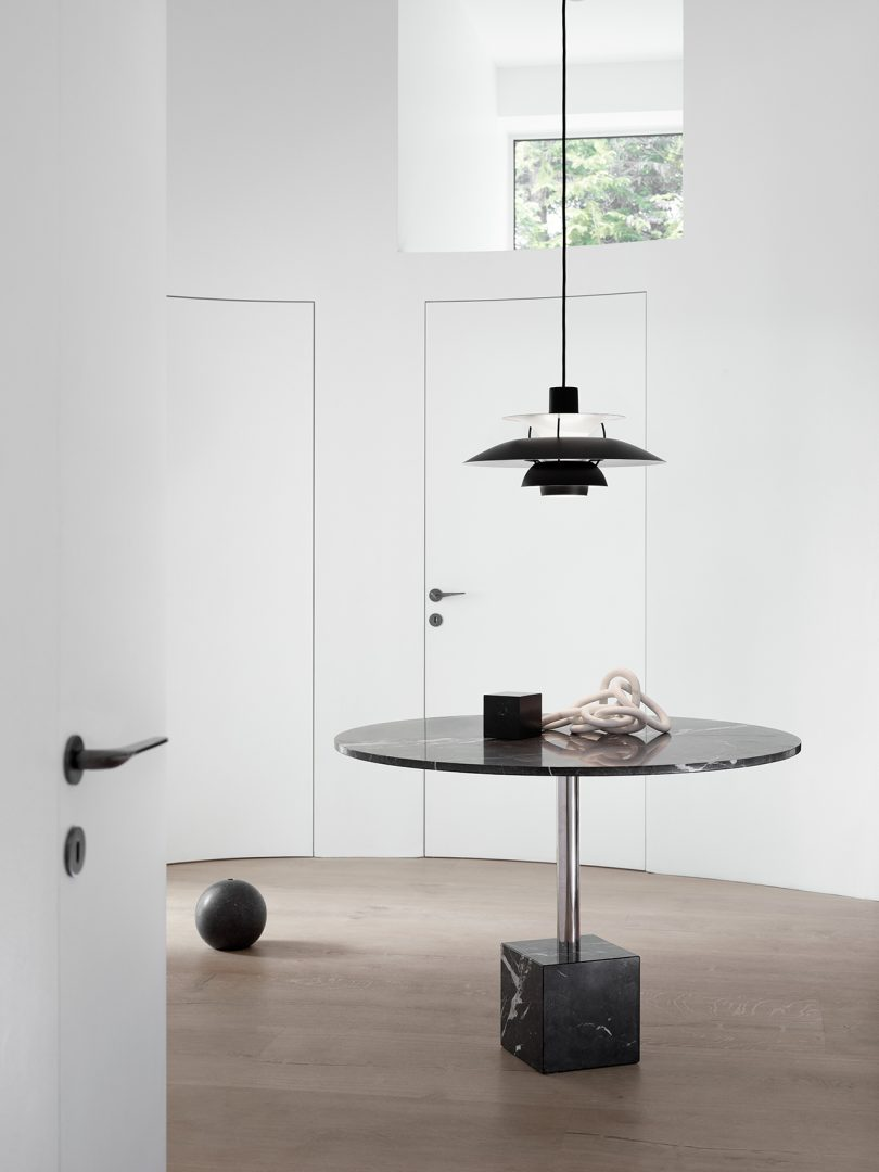 Pendant Light, Table