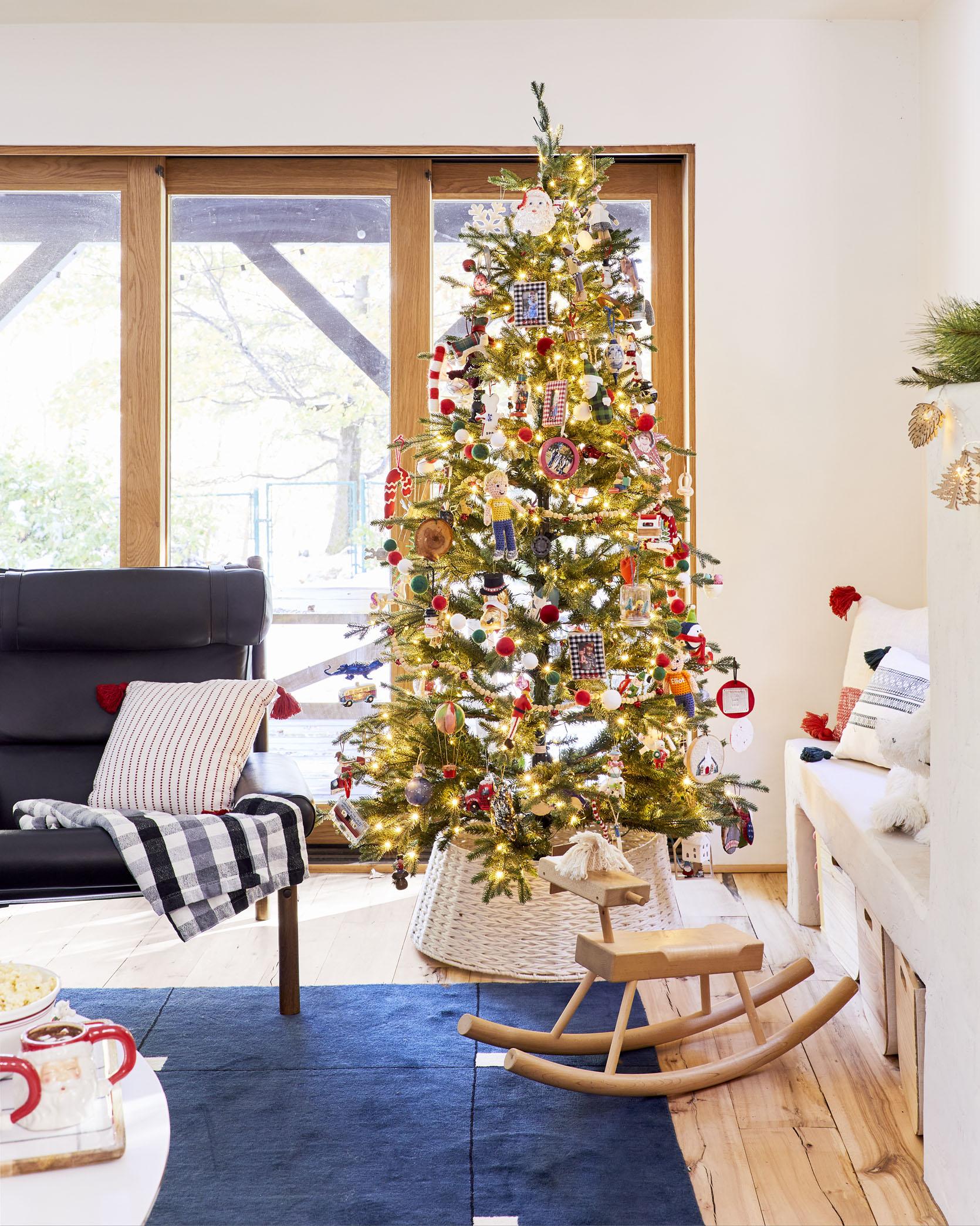 """Emily's """"Messy"""" But FULL Of Memories Christmas Family Room Best Children's Lighting & Home Decor Online Store"""