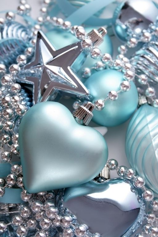 beautiful tiffany blue and silver bauble, heart and star ornaments are lovely to decorate your Christmas tree and make it feel frozen