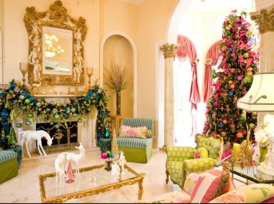 a refined and neutral Christmas living room with bold holiday decor - a colorful ornament garland, a Christmas tree with lights and bright ornaments, white deer figurines is lovely