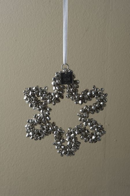 A Silver Bell Snowflake Is A Lovely Christmas Decoration Or Ornament That You Can Make Yourself