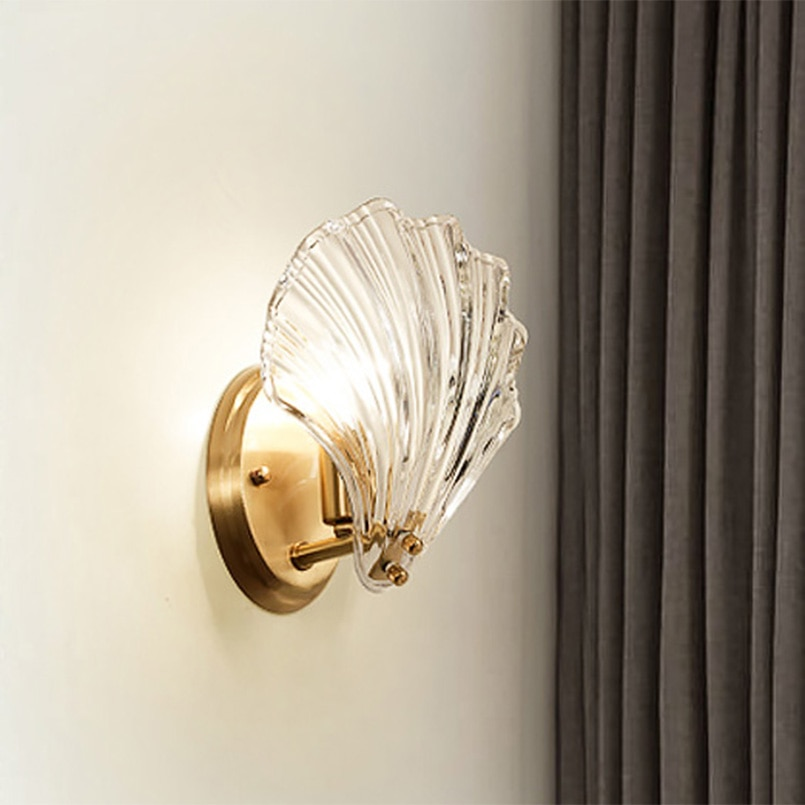 Luxury Crystal Glass Shell Gold Wall Lamp